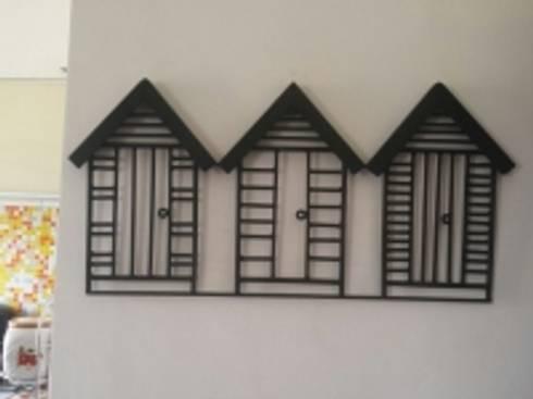 Home Sweet Home!:  Corridor, hallway & stairs  by Designmint