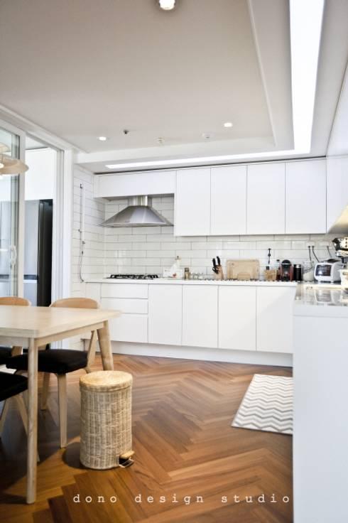 가오동 은어송 1단지 109 m2: 도노 디자인 스튜디오의  주방