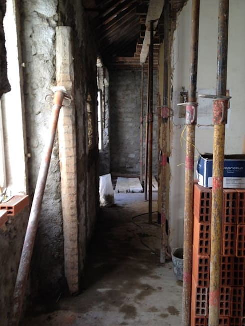 Recuperação de Apartamentos  Alcântara:   por UrbanStation