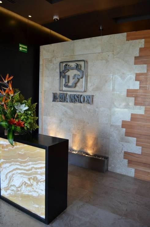 Restaurant La Mansión : Restaurantes de estilo  por Arquitectos Interiores