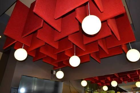 Restaurant La Mansión : Bares y discotecas de estilo  por Arquitectos Interiores