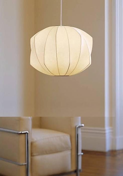 Nelson Bubble Lamps  : Salas de estilo moderno por Design Within Reach Mexico