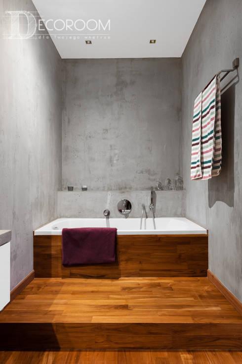 Nowoczesne połączenia: styl , w kategorii Łazienka zaprojektowany przez Decoroom