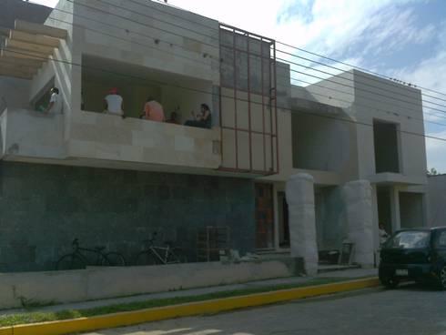 Remodelaci n casa acv de neutral arquitectos homify for Remodelacion de casas viejas