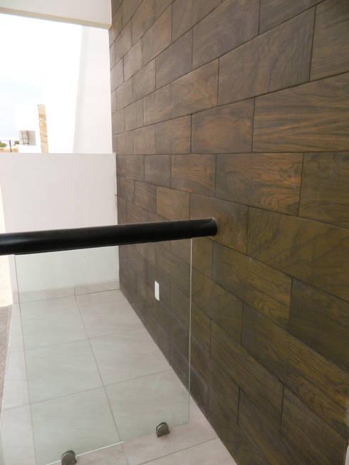 Real de Palmas 01 : Terrazas de estilo  por ECNarquitectura