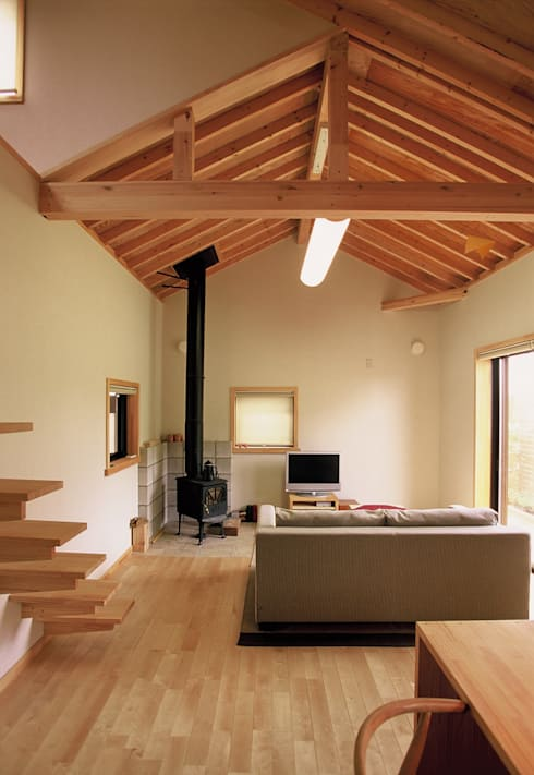 心地よい空間: (株)バウハウスが手掛けたリビングルームです。