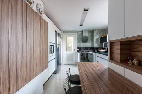 04_Projeto de Interiores: Cozinhas modernas por Paula Carvalho Arquitetura