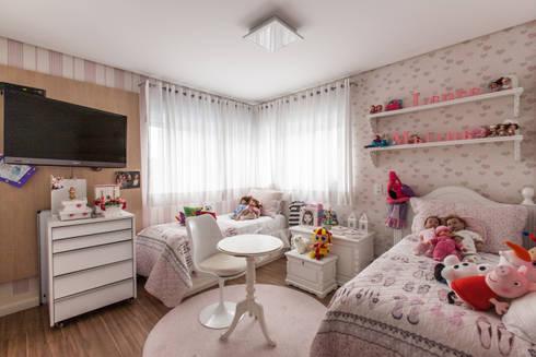 04_Projeto de Interiores: Quarto infantil  por Paula Carvalho Arquitetura