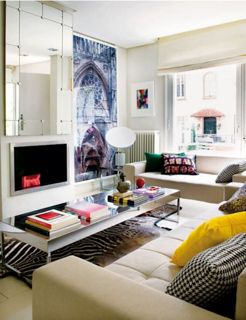 Modern familiar duplex: Salones de estilo ecléctico de Estudio de Arquitectura Teresa Sapey