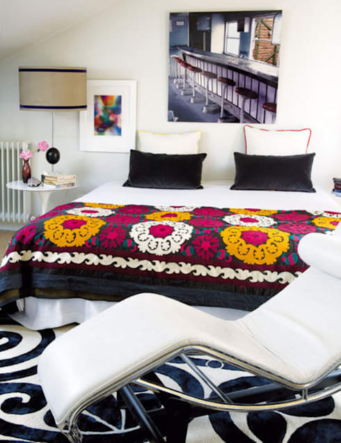 Dormitorios de estilo  por Estudio de Arquitectura Teresa Sapey