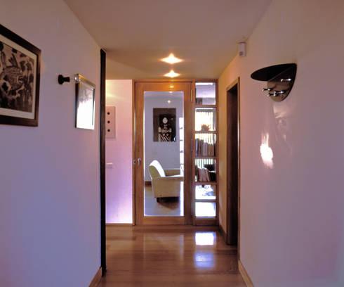 Hall: Corredores e halls de entrada  por Borges de Macedo, Arquitectura.