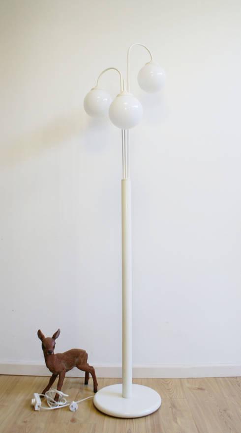 Flat sheep: rustik tarz tarz Oturma Odası