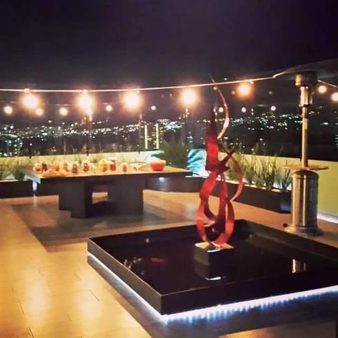 Diseño de terraza Santa Fe 2306: Terrazas de estilo  por konSeptA arquitectos