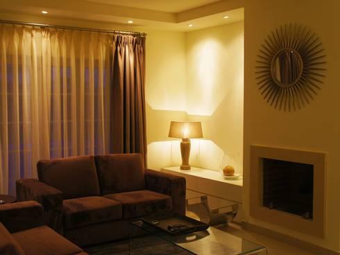 Sala de estar: Sala de estar  por Elite De Elogios