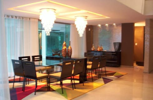 Casa de aldeia: Salas de jantar modernas por Deise leal interiores