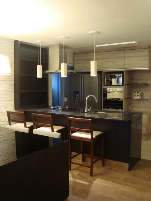Cozinha Gourmet, Residência GM: Cozinhas modernas por HV | Arquitetos Associados