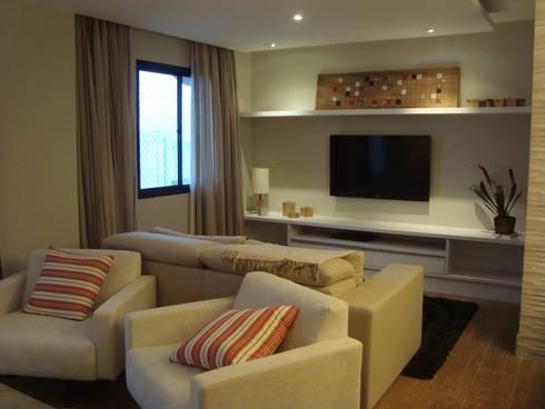 Sala, Residência GM: Salas de estar modernas por HV | Arquitetos Associados