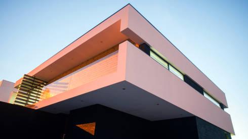 Casa da Boavista : Casas modernas por Miguel Zarcos Palma
