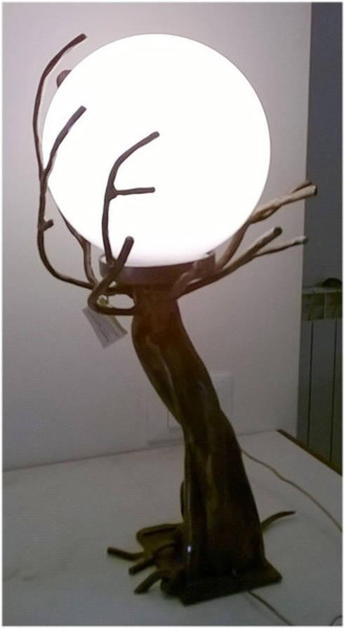 Lampade Da Tavolo Ferro Battuto : Albero lampada da tavolo in ferro battuto di la fucina