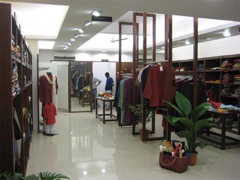 Fabindia, Bangalore:  Offices & stores by Parikshit Dalal Design + Architecture
