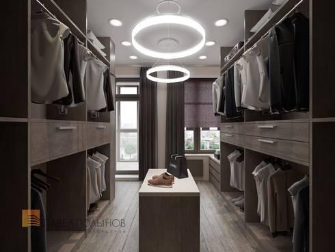 Интерьер квартиры в стиле минимализм, 165 кв.м.: Гардеробные в . Автор - Студия Павла Полынова