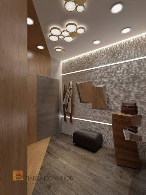 Интерьер квартиры в стиле минимализм, 165 кв.м.: Коридоры, прихожие, лестницы в . Автор - Студия Павла Полынова