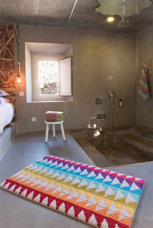Projekty,  Łazienka zaprojektowane przez Sorema