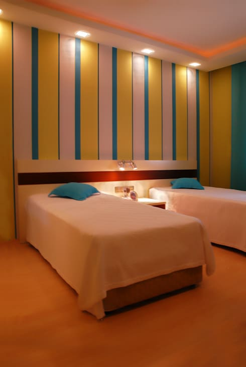 VRLWORKS – Sedat Karakuy Villası Antalya: modern tarz Yatak Odası
