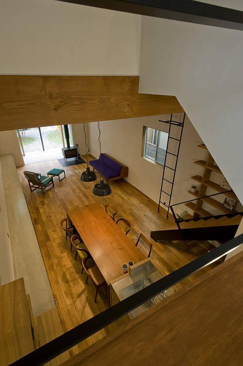 浦瀬建築設計事務所의  거실