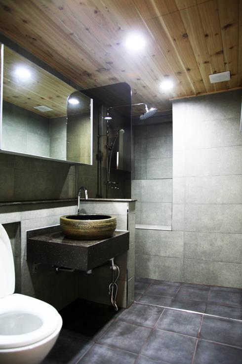 일원동 목련타운 38PY: dezainsoul의  욕실