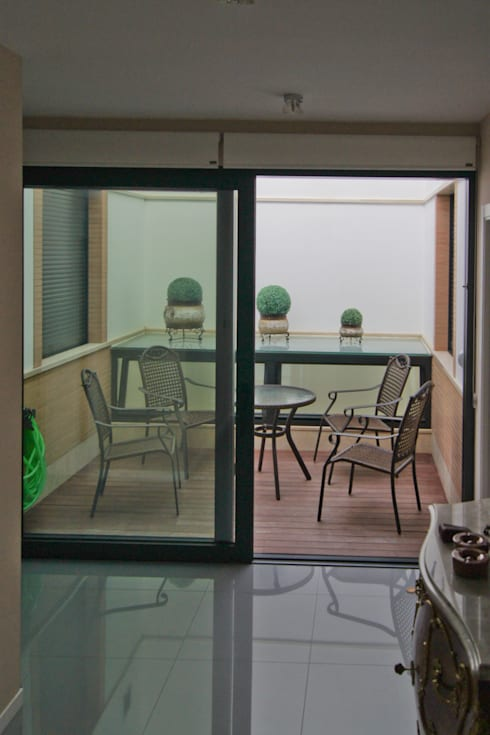 Jardines de estilo mediterráneo por Alberto Millán Arquitecto