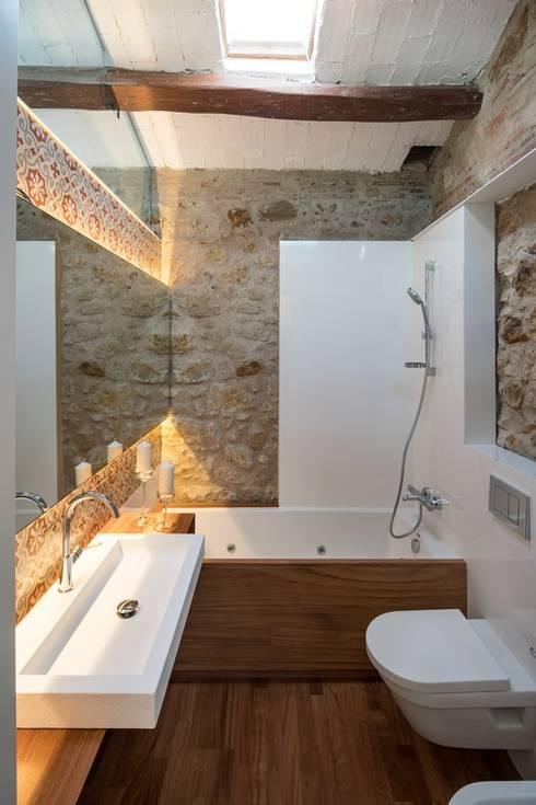 Salle de bains de style  par TONO BAGNO | Pasión por tu baño