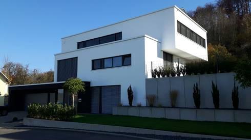 Haus am hang mit weitblick von diemer architekten homify for Modernes haus in hanglage