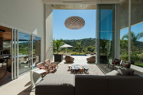 Casa Aldeia 082: Salas de estar modernas por dayala+rafael arquitetura