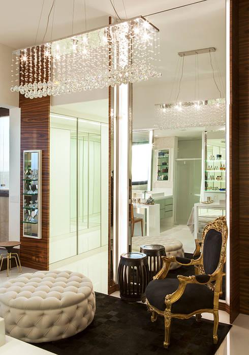 Dressing room by daniela andrade arquitetura
