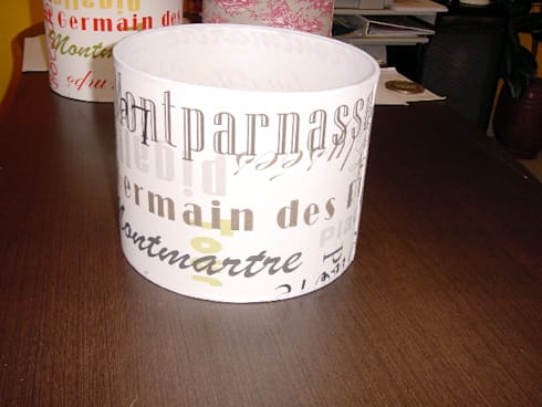 Abat-Jours:   por Candicova Indústria de Candeeiros e Abat-jours Lda.