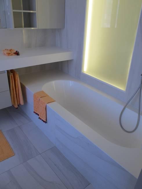 Realizzazioni: Bagno in stile  di Artep Design