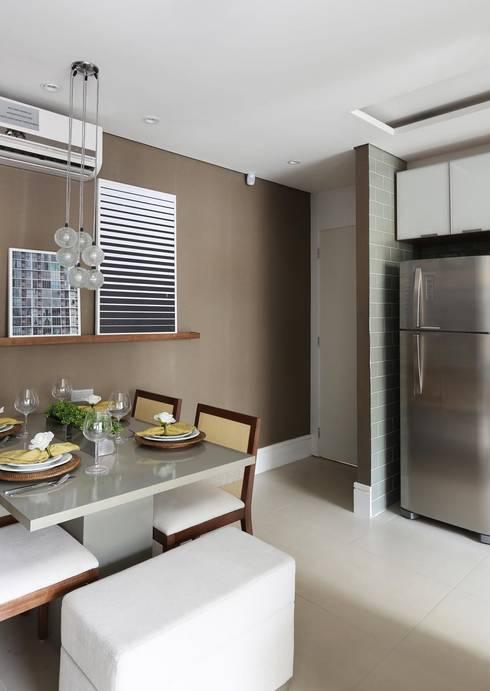 TUCURIVI | DECORADOS: Salas de jantar modernas por SESSO & DALANEZI