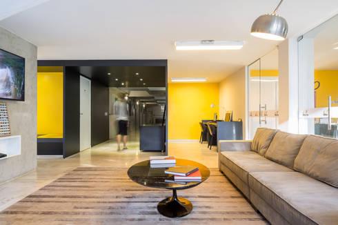 Lobby Bittar Inn: Hotéis  por BORA Arquitetos Associados