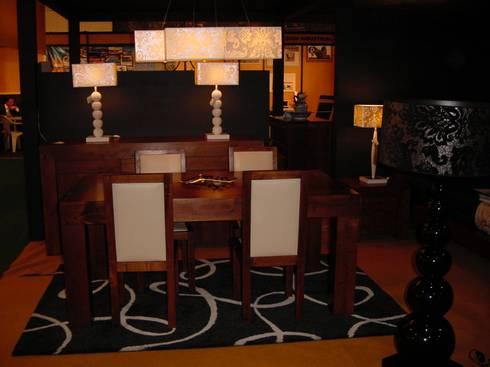 Anbientes: Salas de jantar modernas por Candicova Indústria de Candeeiros e Abat-jours Lda.