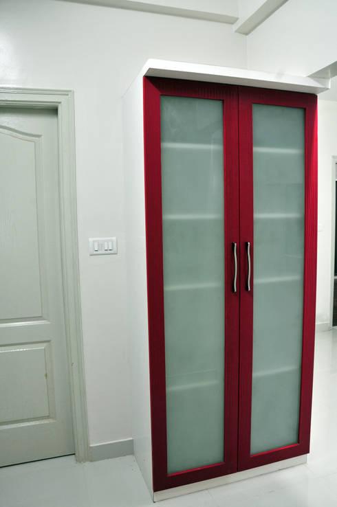 Kitchen Storage: minimalistic Kitchen by 3A Architects Inc