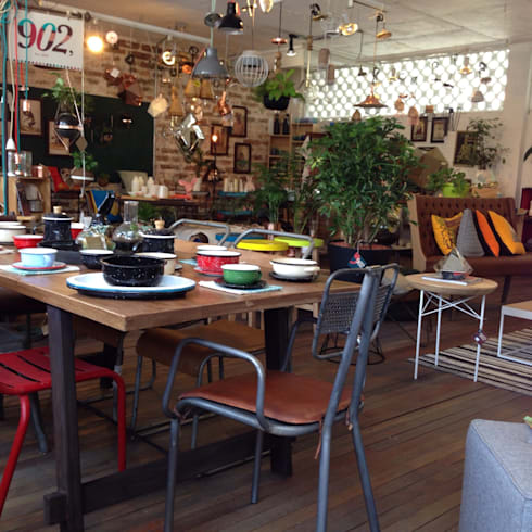 Showroom: Comedores de estilo moderno por 902 Showroom
