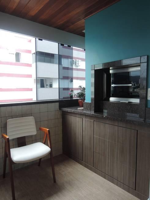 Churrasqueira: Salas de estar modernas por Tatiana Junkes Arquitetura e Luminotécnica