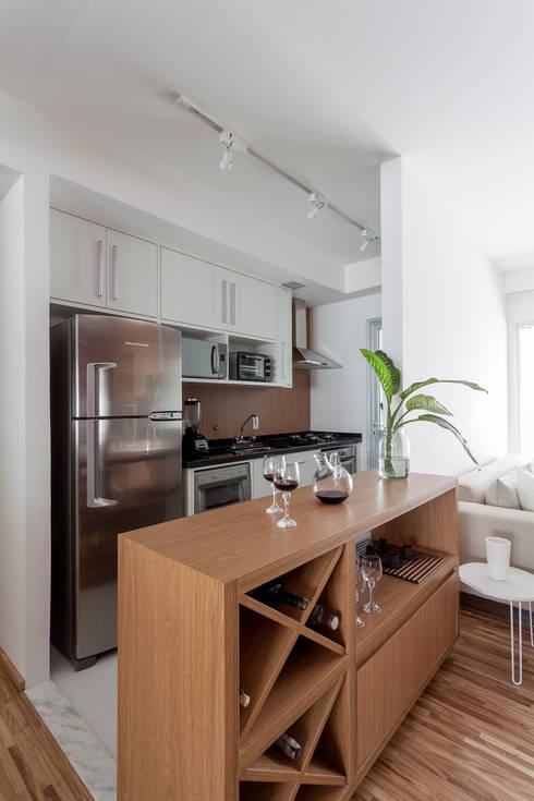 Dapur by Tria Arquitetura