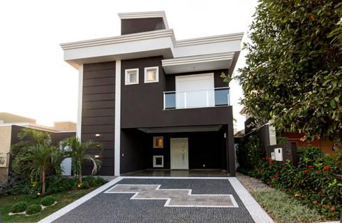 Residencia  Ribeirão Preto : Casas modernas por Luciano Esteves Arquitetura e Design