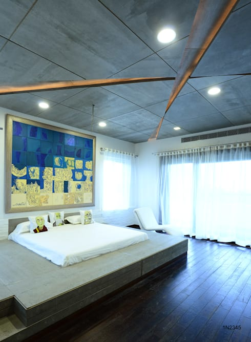 Residential Bungalow:  Bedroom by NA ARCHITECTS