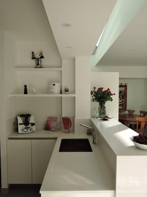 Кухни в . Автор – ARTERRA