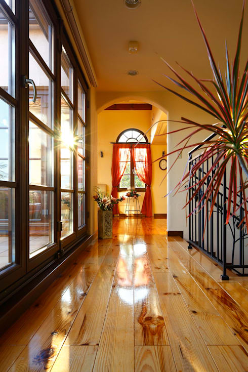 SI house | SANKAIDO: SANKAIDO | 株式会社 参會堂が手掛けた廊下 & 玄関です。