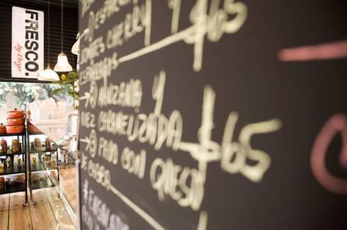 Restaurante Fresco México D.F.:  de estilo  por Lein de León photographer