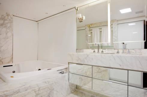 Banheiro dos sonhos: Banheiros modernos por Karla Silva Designer de Interiores